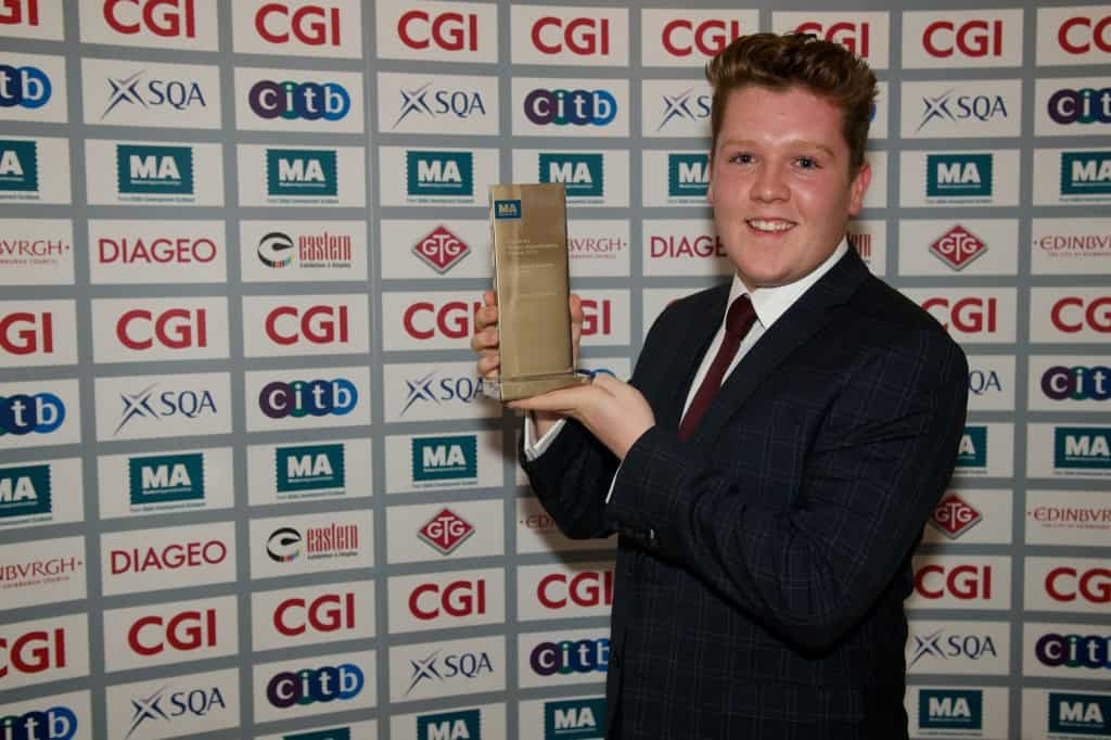 Jonny scoops the Apprentice Ambassador of the Year award!