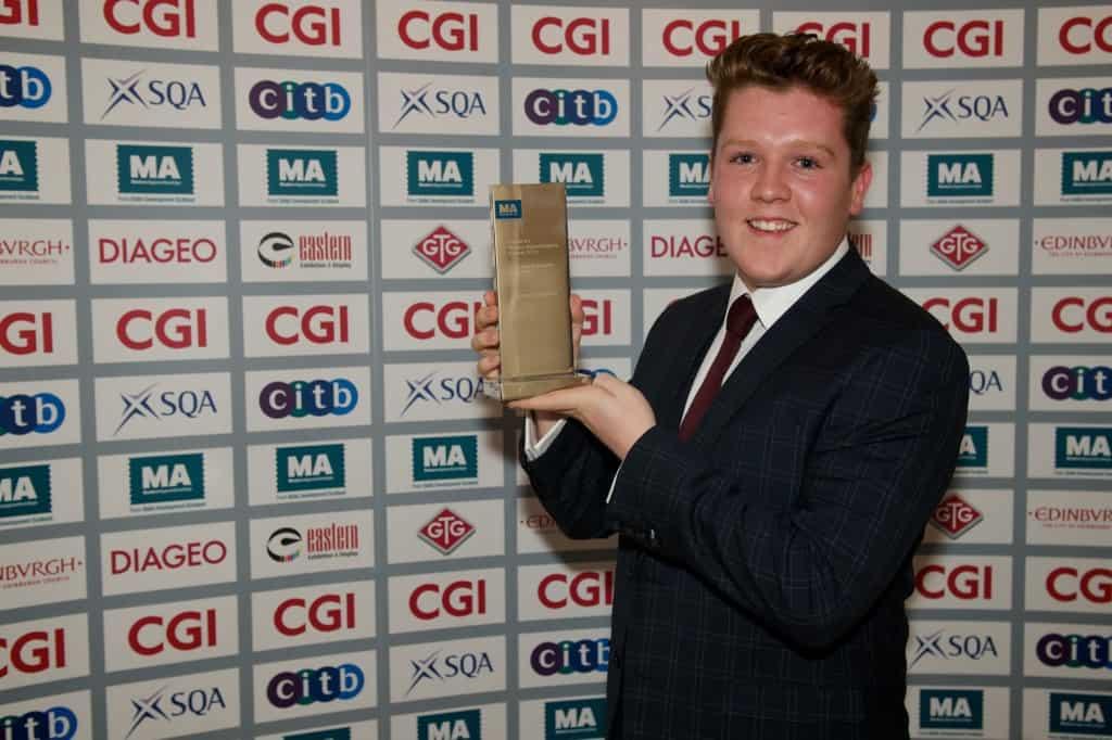 Jonny scoops the Apprentice Ambassador of the Year award!