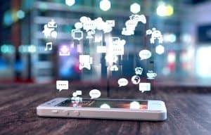 social_media_phone